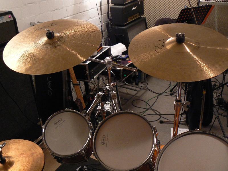 MLX_Uebungsraum_Cymbals-left.JPG