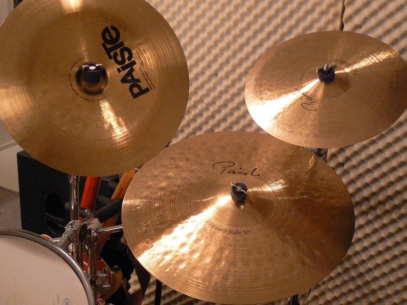 MLX_Uebungsraum_Cymbals-rechts.JPG